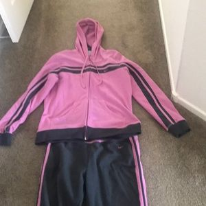 Nike Sweat Outfit Hooded Jacket and Pants